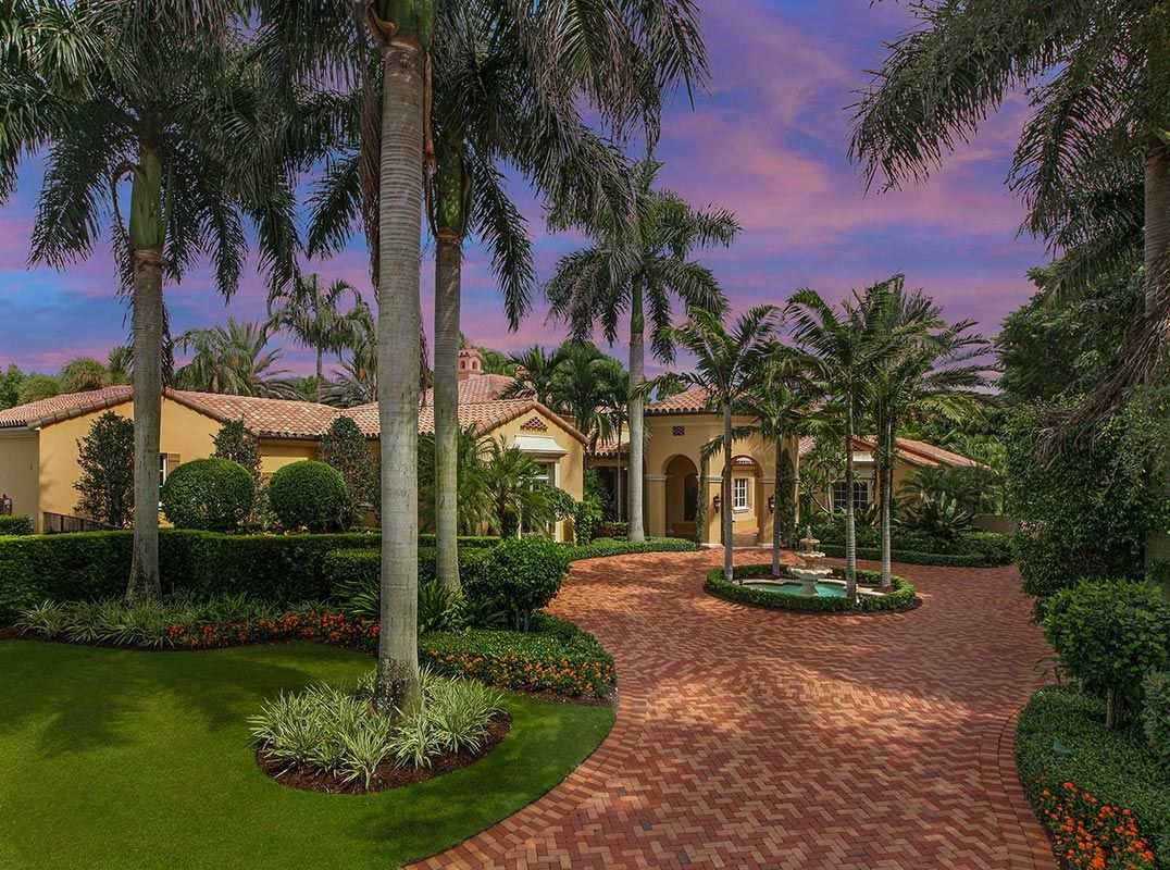 Immaculate custom estate on an extraordinary home site // Listed