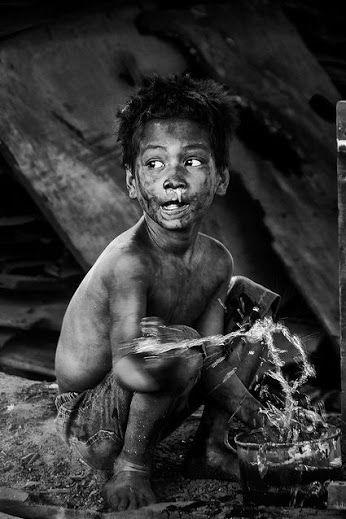 Disadvantaged Children - Photography by Thomas Tham