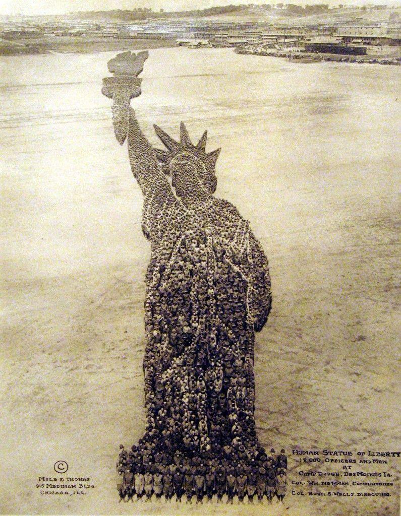 human-pixel-art-statue-de-la-liberté-mole