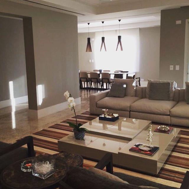 @marinamottininteriores   Etapa que adoramos. Apartamento pronto para início da produção. #decoração #interiordesign #living #artefacto #bykamy #lumini #minottisofa