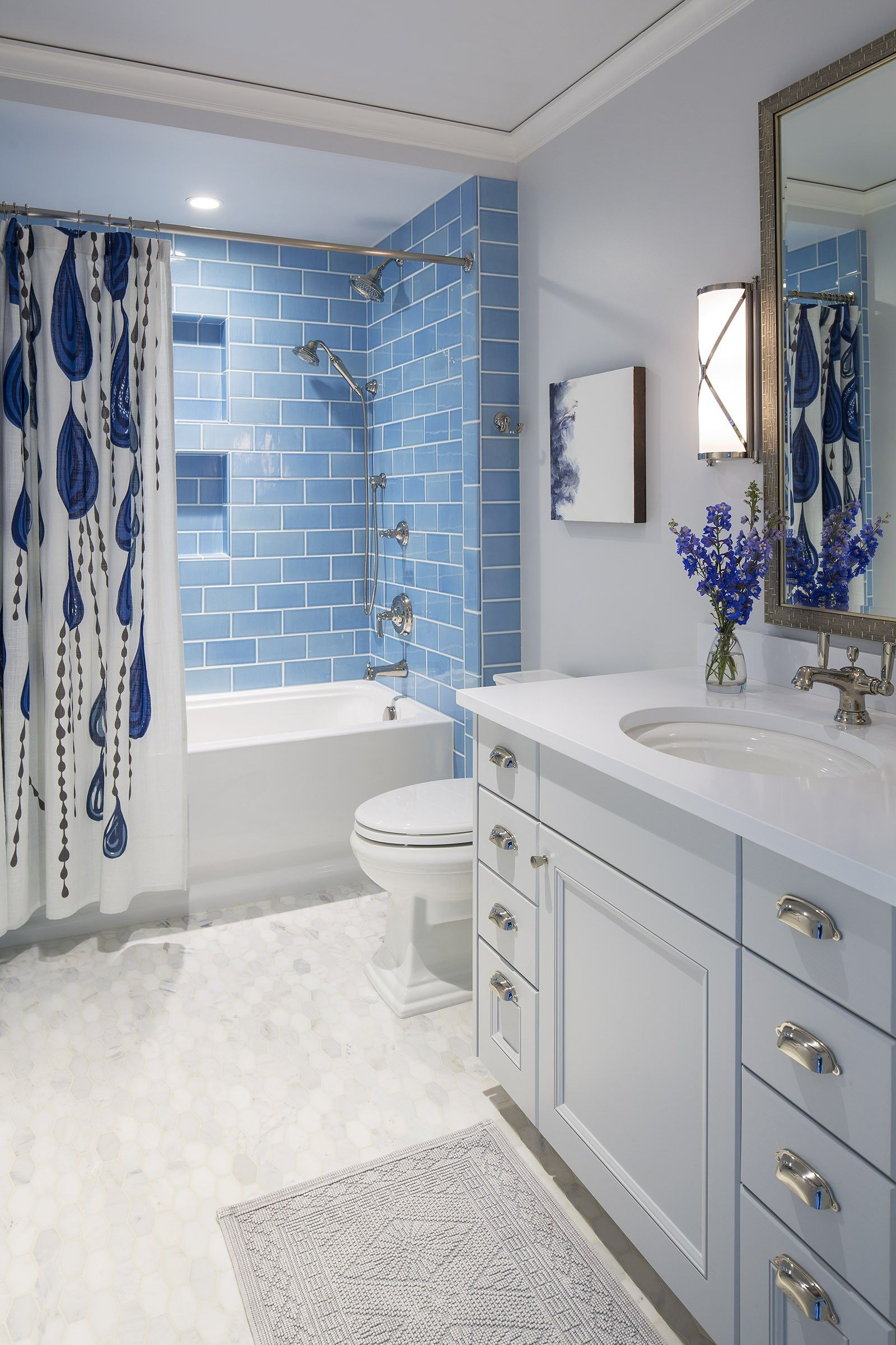 Washington Waters | Martha O\'Hara Interiors. Bathroom inspiration ...