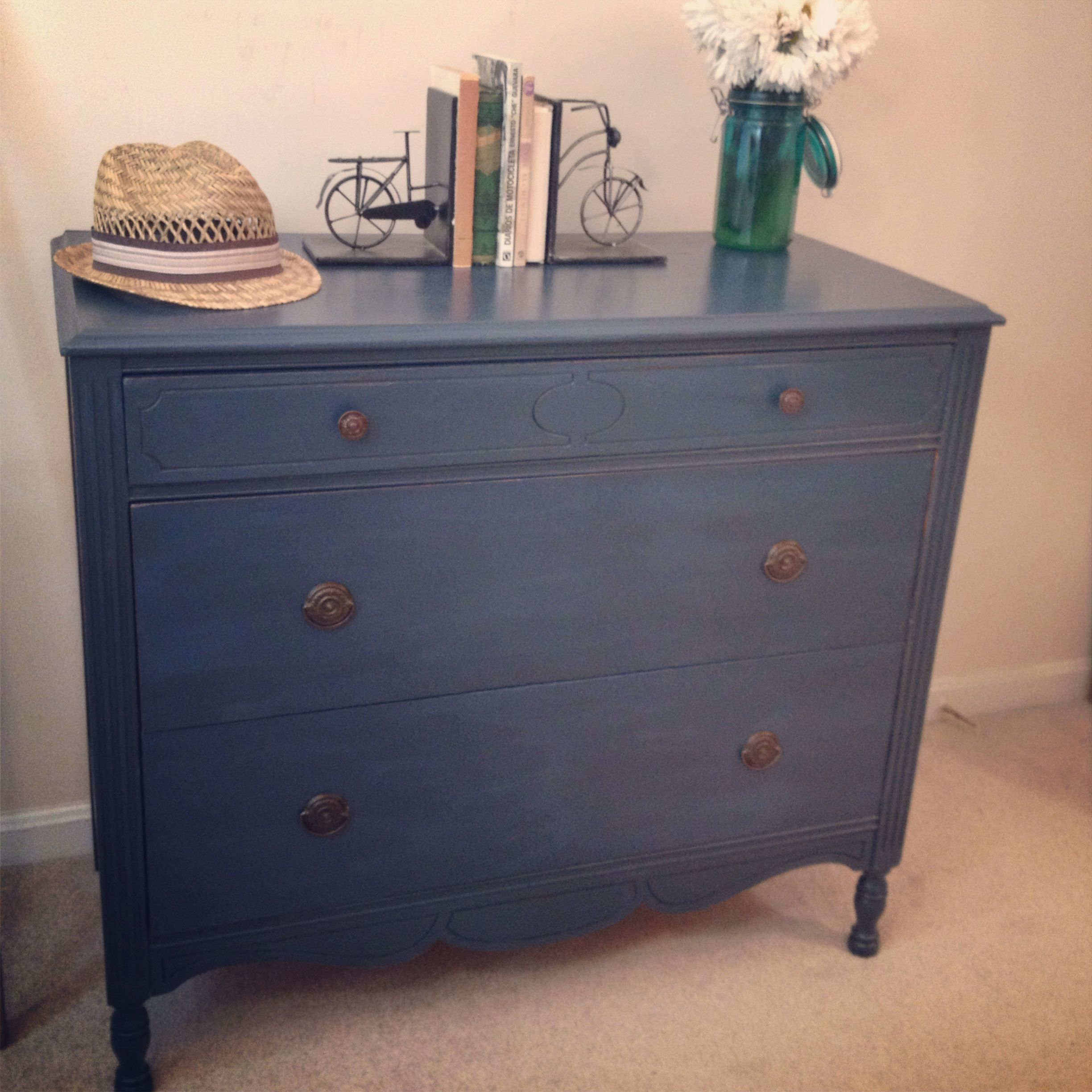 Annie Sloan chalk paint dresser in graphite Napoleonic blue mix