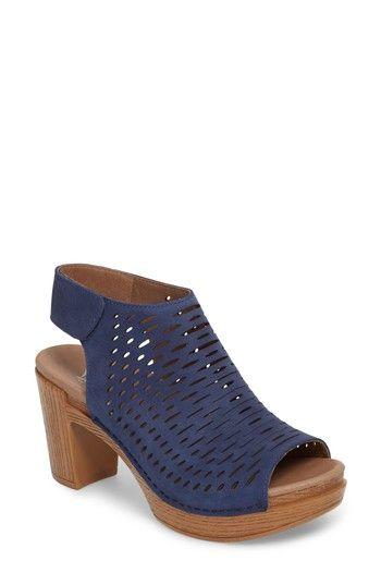 Danae Metallic Perforated Slingback Open Toe Block Heel Sandals zuPBJvSS
