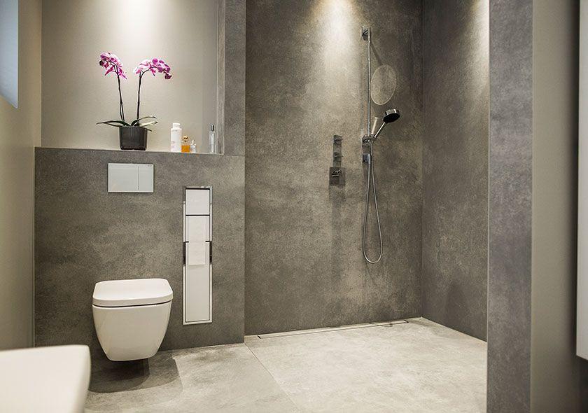 Badezimmer Mit Grauen Fliesen Und Ebenerdiger Dusche Ebenerdige Dusche Badezimmer Trockenbau Badezimmer