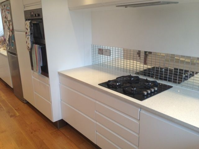 Image Result For White Handless Kitchen Quartz