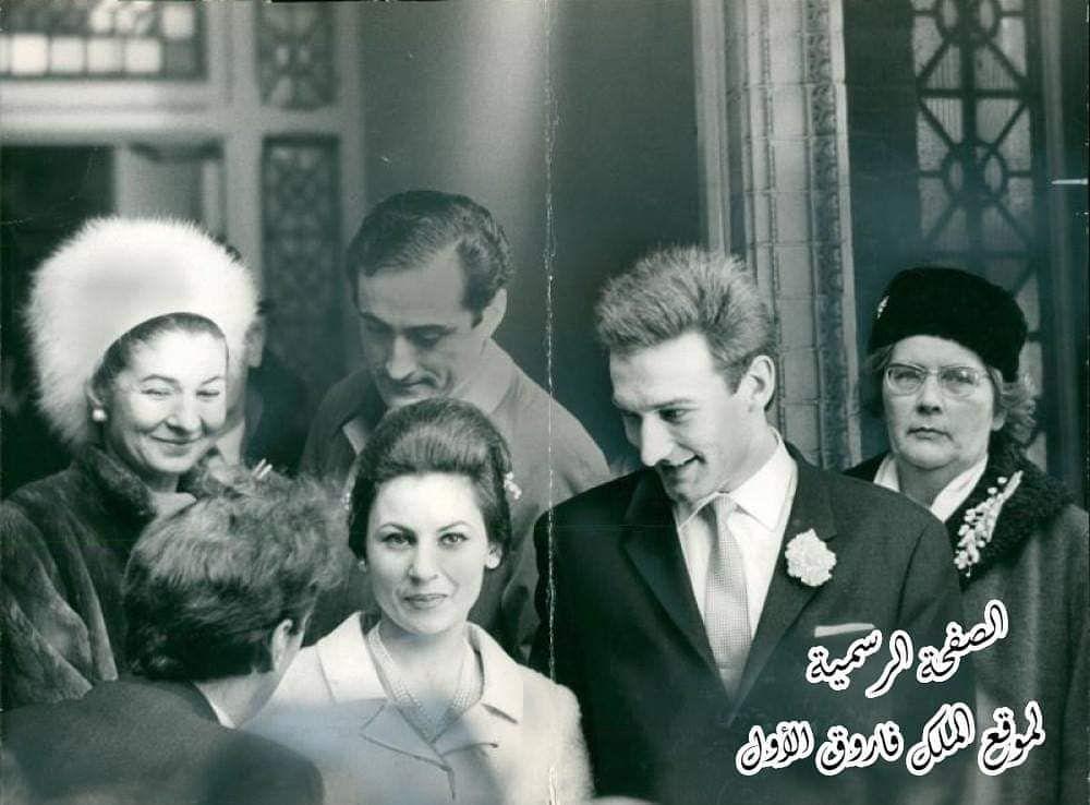 صورة تجمع بين كل من الأميرة فادية الأبنة الصغرى للملك فاروق والملكة فريدة وزوجها النبيل الروسي بيير أورلوف في لندن في 18 فبراير 1965