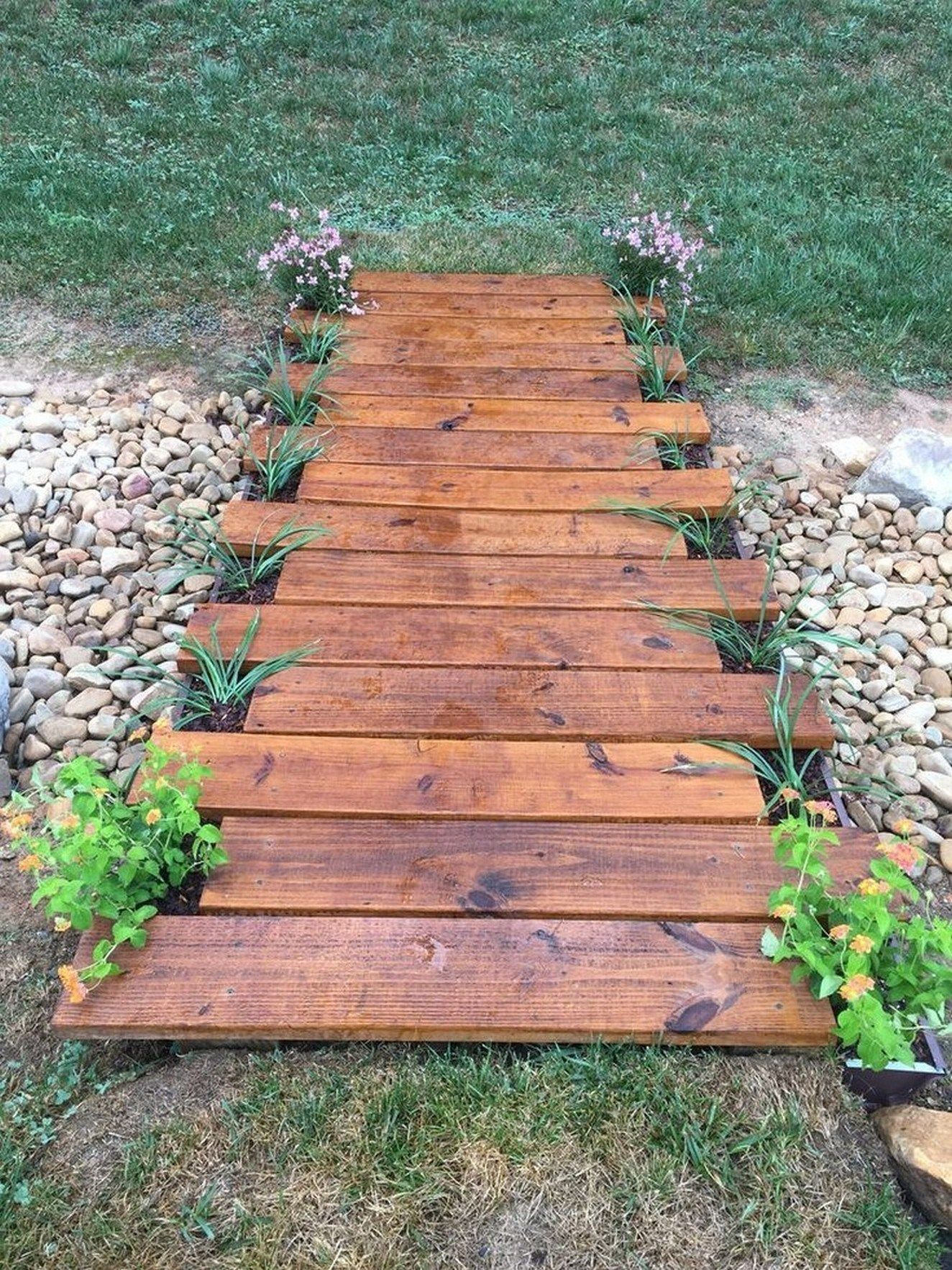 50 amazing garden path and walkway ideas you can try now page 34 ...tting to rei...,  #Amazing #amazinggardenideasdiyprojects #garden #ideas #Page #Path #rei #tting #Walkway