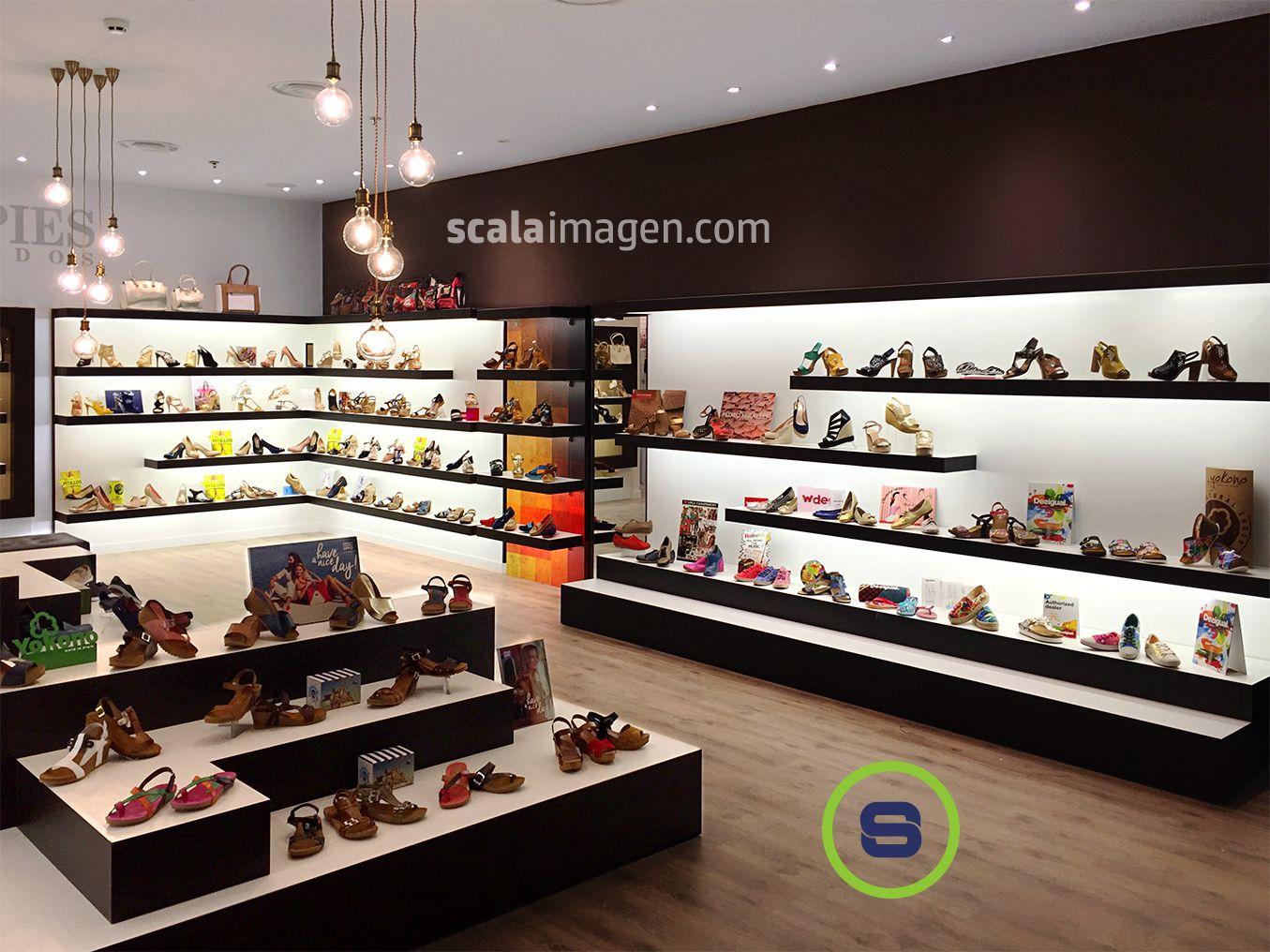 Diseño Y Realización De Interiorismo Comercial Proyecto Mil Pies Calzado Centro Comerc Diseño De Tienda De Zapatos Fachadas De Tiendas Interiores De Tienda