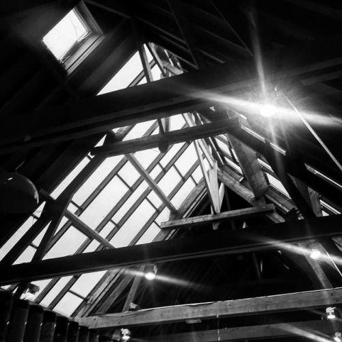 cladelcroix:Les poutres du plafond Villeneuve-d'Ascq France...