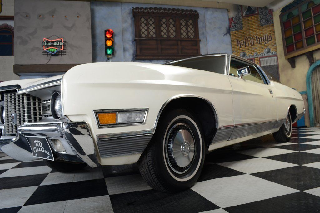 1971 Ford Ltd 2 Door Hardtop Coupe In Original Wimbledon White With Black Vinyl Roof Ford Ltd Ford Lincoln Mercury Ford Galaxie