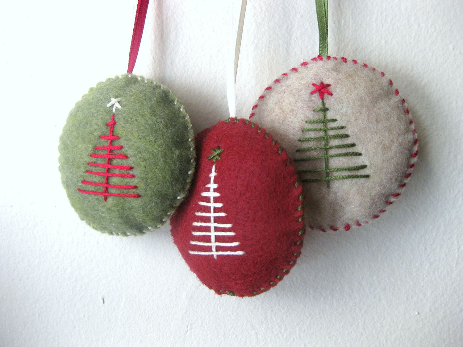 Christmas ornament set in felt handmade felt ornaments De la