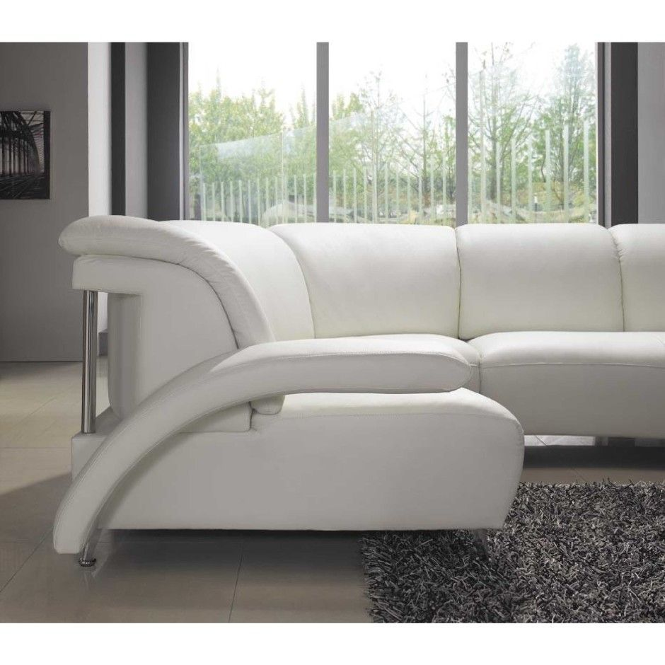 Find Sectional Sofas And Couches For Style And Purpose In Living Room Furniture Choose Style White Leather Sofas Leather Sectional Sofas White Sectional Sofa