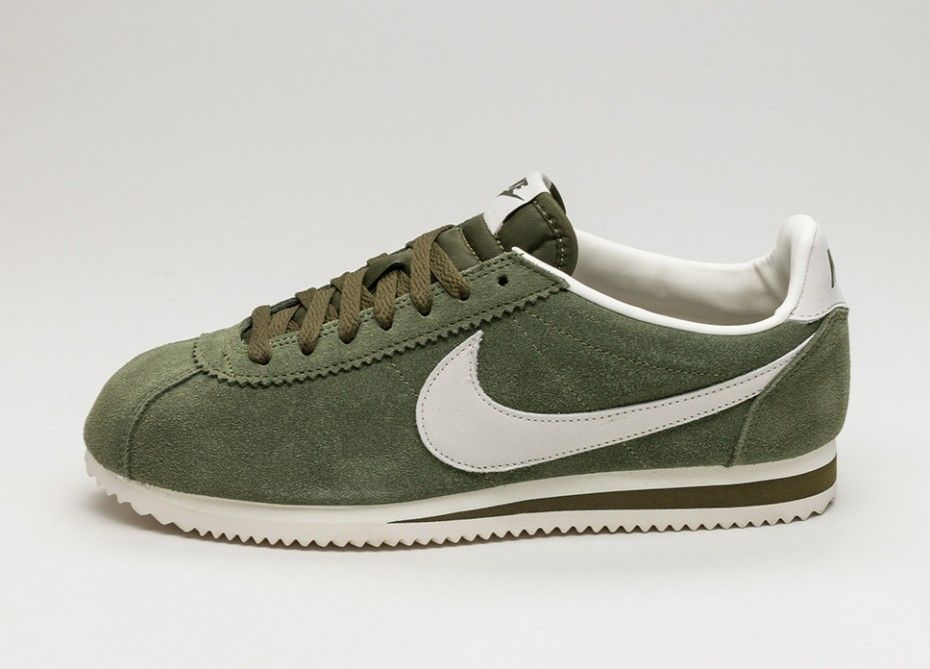 9712cb06f Nike Classic Cortez Leather SE (Legion Green / Sail) | accessories ...