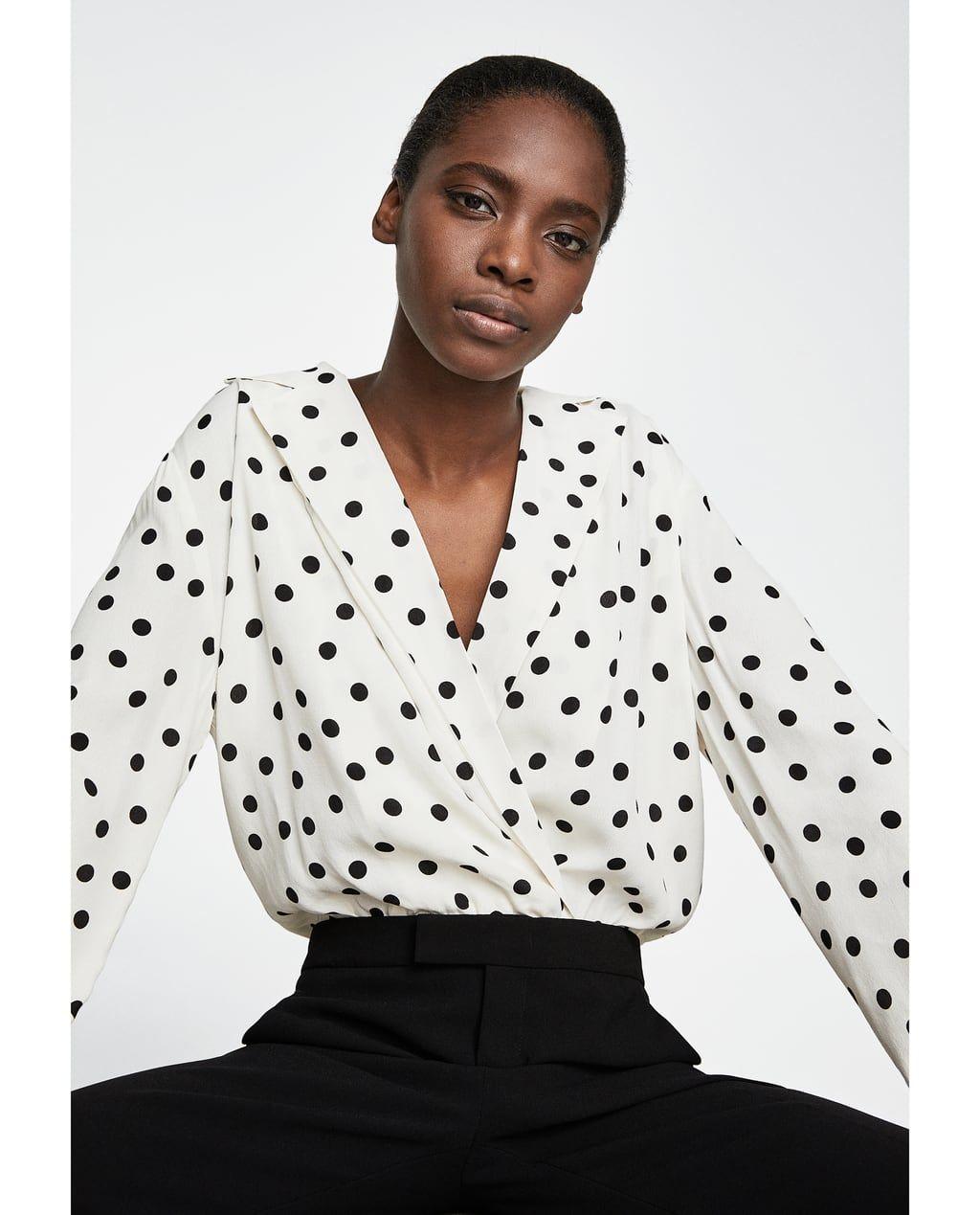 κορμακι πουα λεπτομερεια 29 95 Eur χρωμα σπασμένο λευκό 2972 001 Top Shirt Women Clothes Outfits