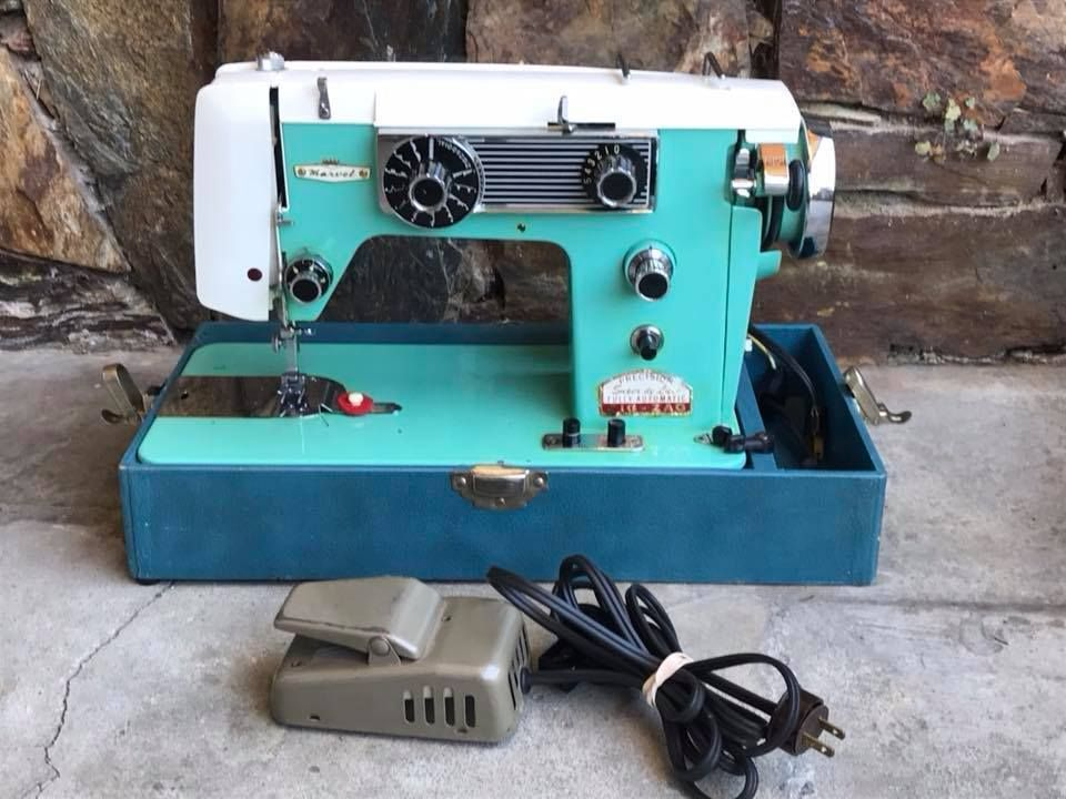 Vintage Turquoise Marvel Precision Super De Luxe Zig Zag Sewing Gorgeous Marvel Sewing Machine