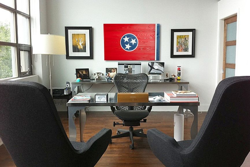 4 Perfect Places To Hang A Wood Flag Home Office Design Office Interior Design Office Decor Professional