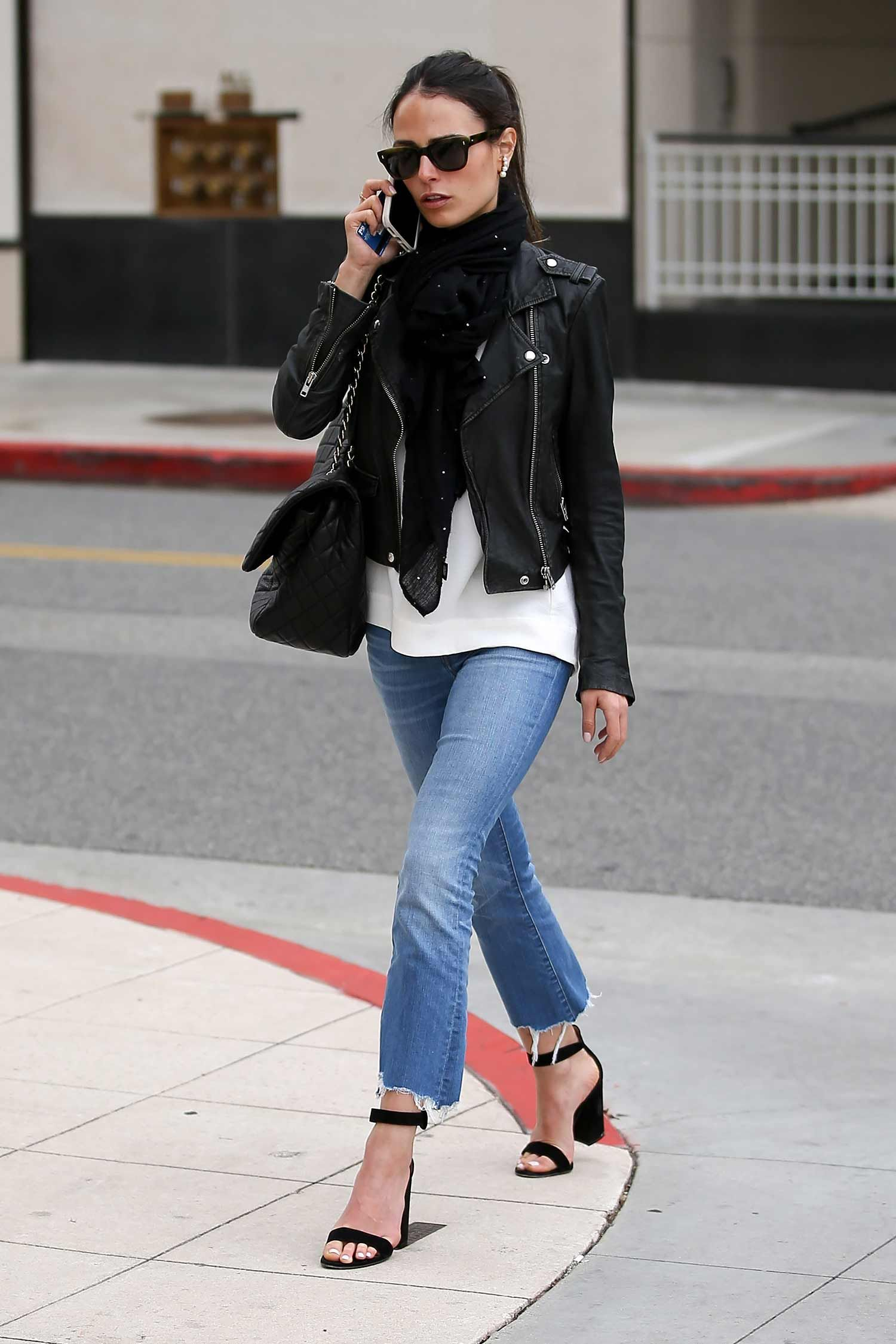 afac400c Jordana Brewster Wears Cropped Bootcut Jeans | The Jeans Blog ...