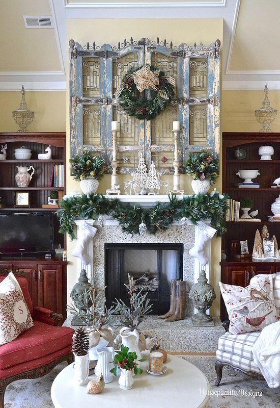 2015 Great Room Christmas Mantel - Housepitality Designs CHRISTMAS