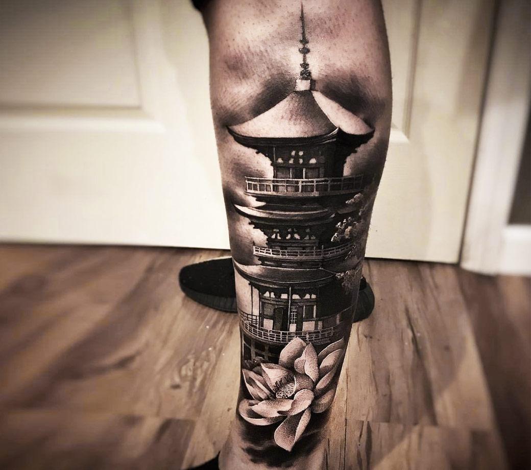Photo - Japanise Temple tattoo by Hugo Feist