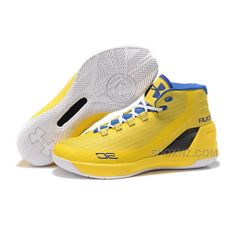 81b90bddfd02 Under Armour Stephen Curry 3 Shoes yellow