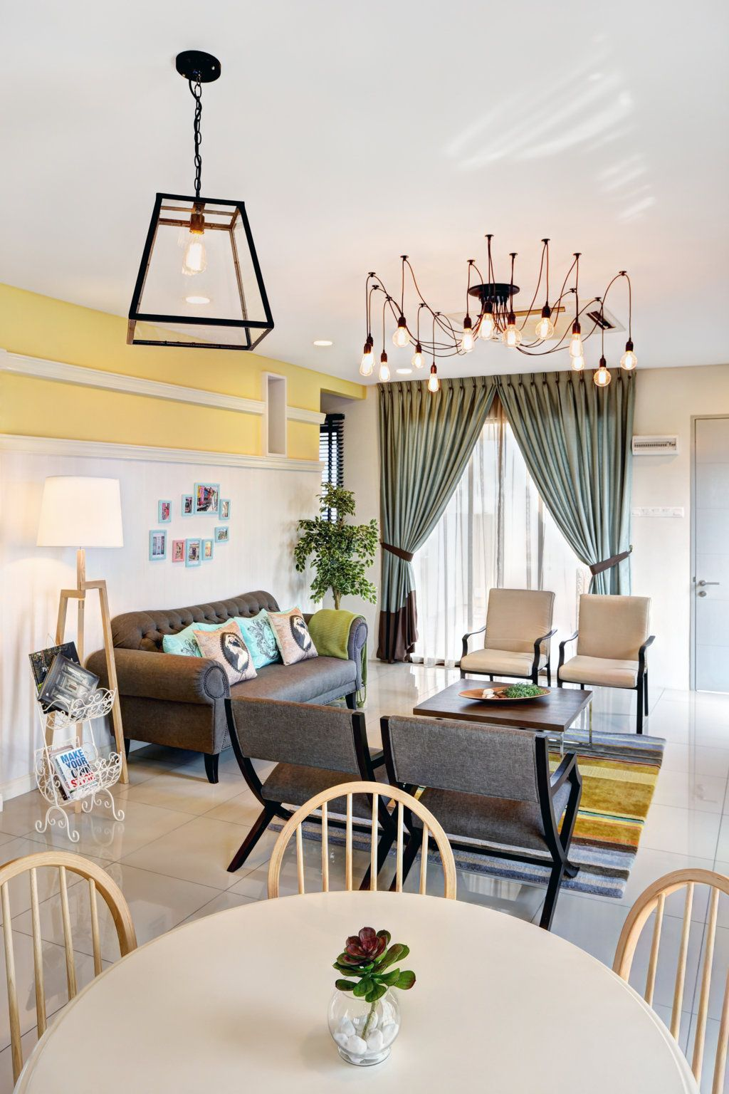 From Dining Area To The Lovely Living Hall Awesome Ideas
