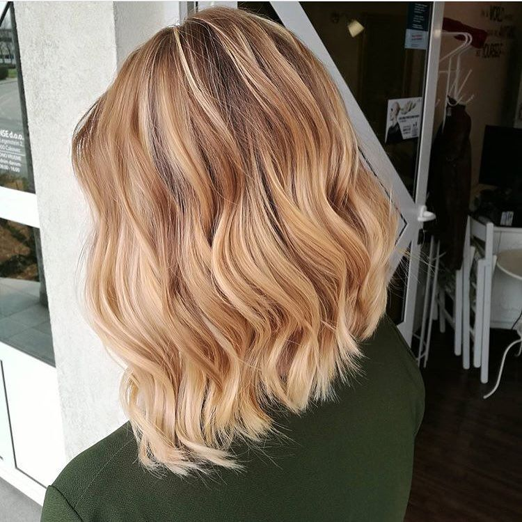 Free Hand Highlights Technique On Point Using Blondme Toners Caramel And Sand 1 1 To Achieve This Gorgeous Co Caramel Hair Beautiful Blonde Long Hair Styles