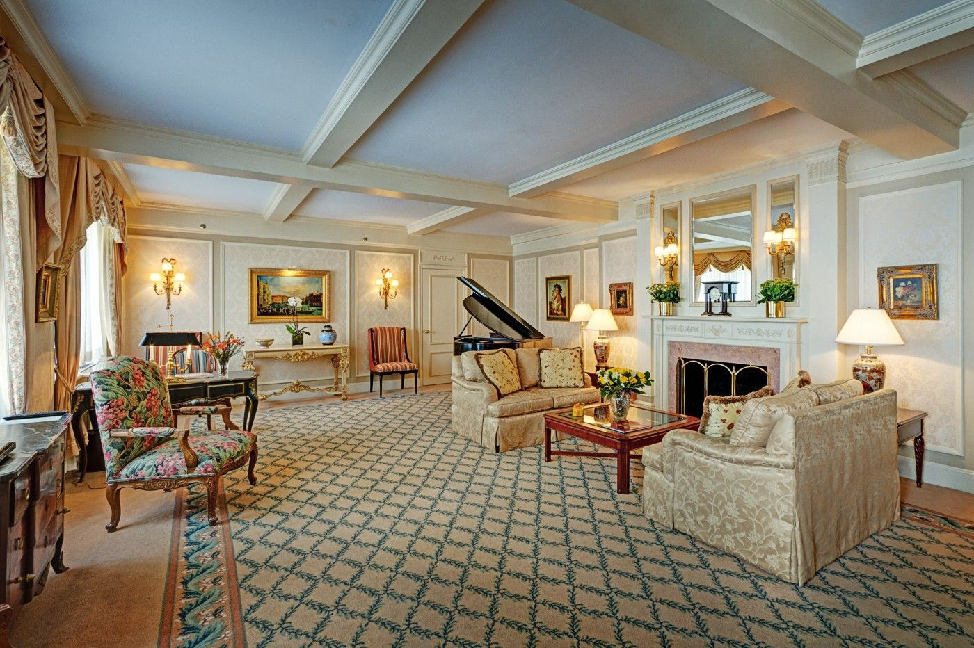 Presidential Suite At Hotel Elysée New York City Midtown Manhattan Luxury Boutique Rooms