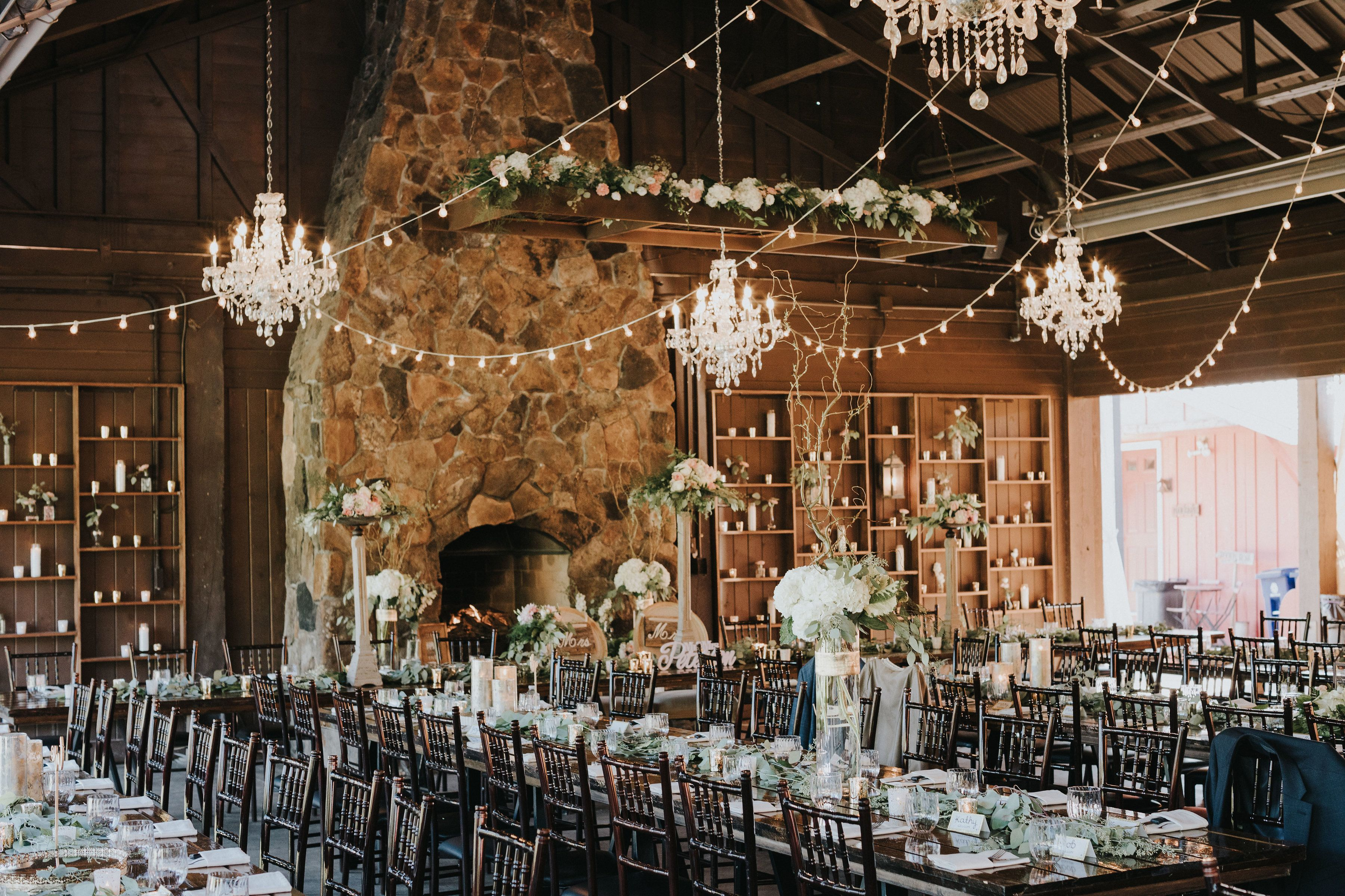 Beautifully Decorate Dinner Pavilion At Hope Glen Farm The Chandeliers Give This An Elegant Touch To The Rustic Outdo White Oak Tree Rustic Outdoor Farm Style