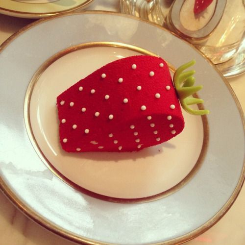 macaroneer:The cutest #dessert ever. #Laduree #LadureeSoho #strawberry #cute #TeaTime #NYC #Manhattan #Soho #Food #Travel