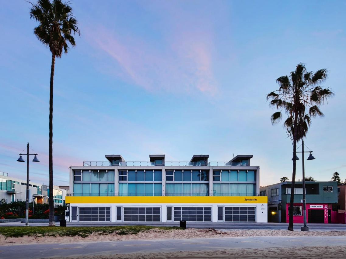 Snapchat Has Opened A New Storefront For Spectacles In Los Angeles Pop Up Venice Los Angeles