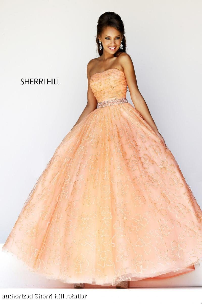 Sherri hill available in raelynns price is only