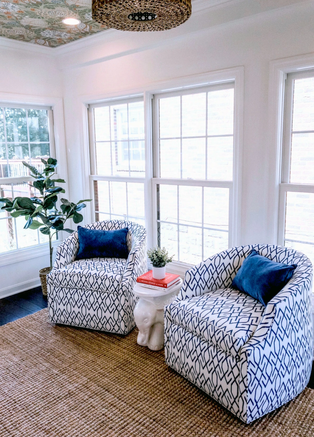 This Designer Swears By Blue Blanc Design Design Home Decor