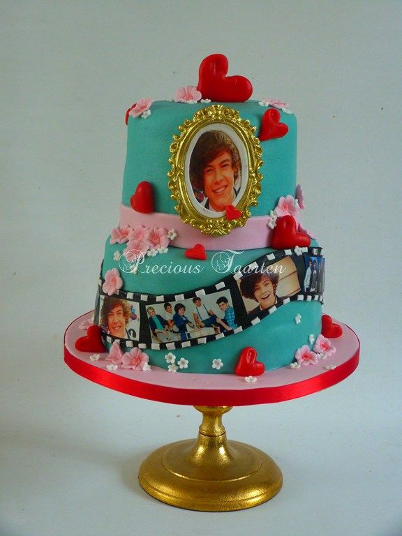 one direction birthday cake my 3 year would love this! She loves Harry!!