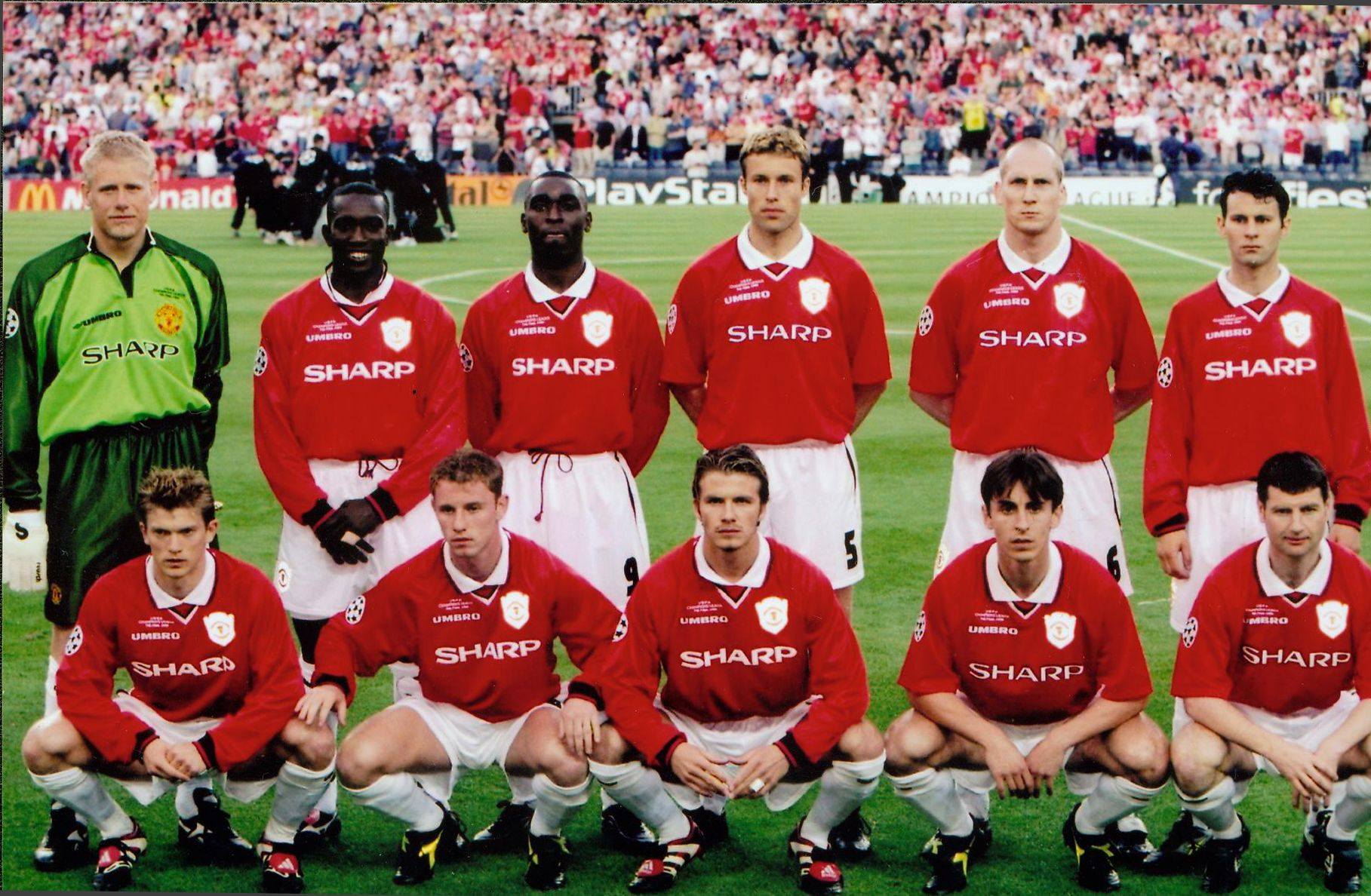 Manchester United Vs Bayern Munich 1999 Ecl Final Check Out The Man Utd Treble Win Manchester United Legends Manchester United Team Manchester United Players