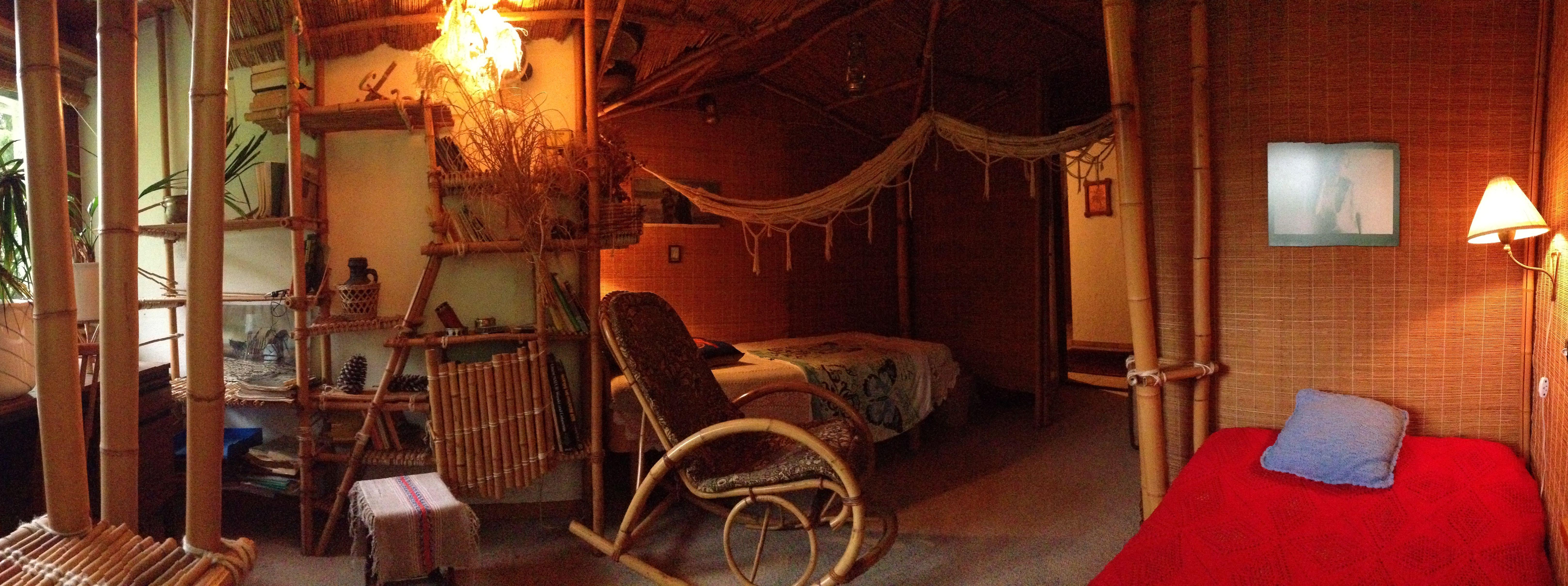 Manuels vintage zimmer blick vom fenster zur türe  mein bambuszimmer  pinterest