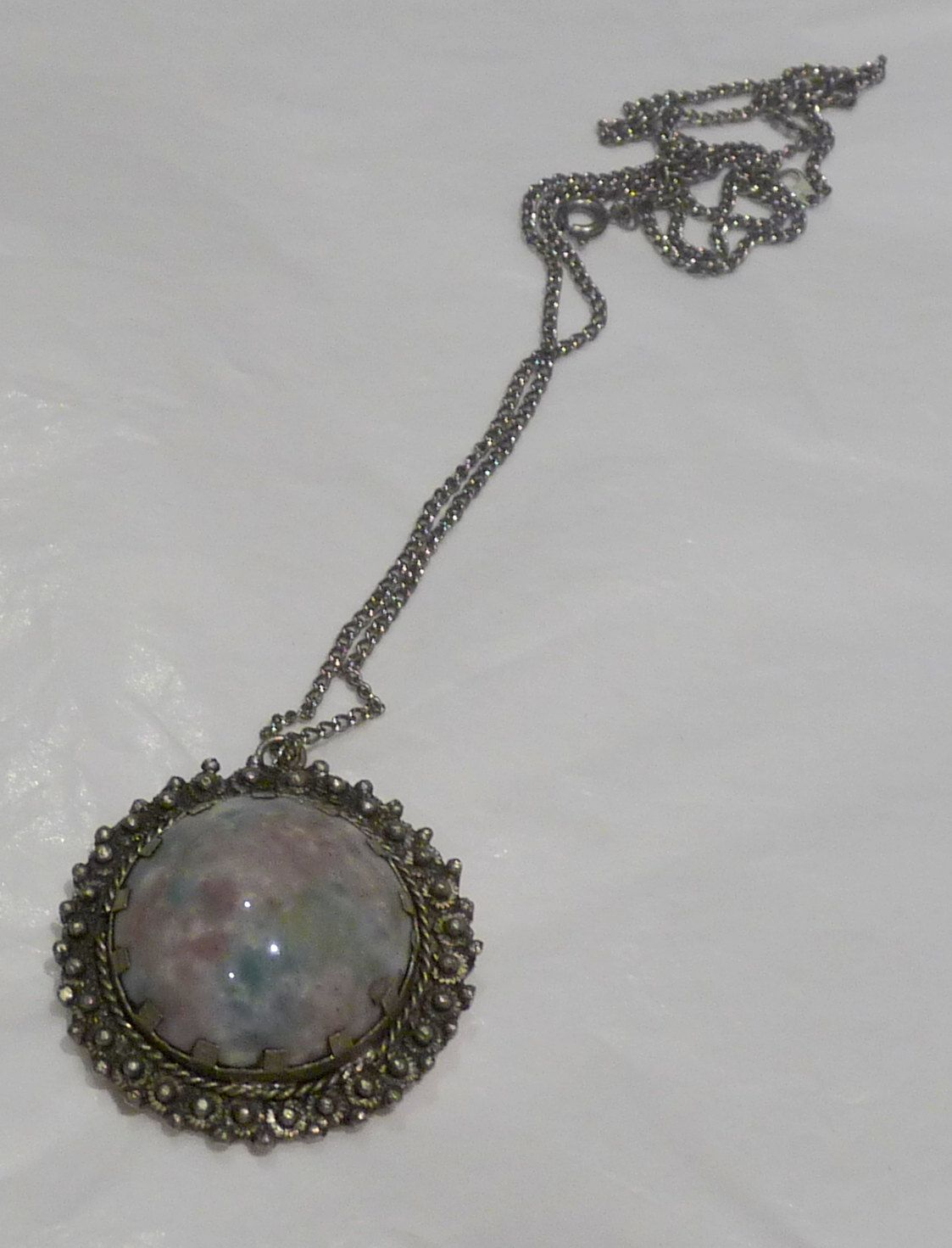 silver toned necklace chain with mottled by bijoubeadboxcloset