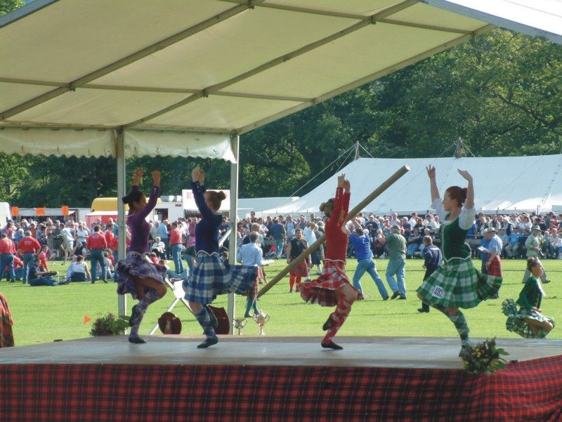 nothing like an outdoor reel! Highland games, Highland
