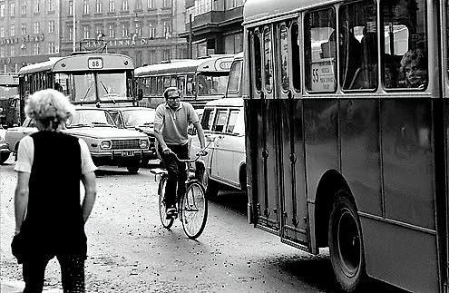 Kaisaniemenkatu 1970-luku. Eeva Ristan ja Simo Ristan valokuvia Helsingistä.   Helsinkilove ...