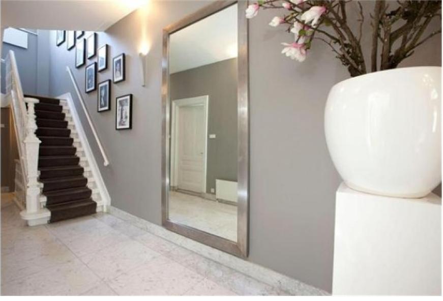 Design Spiegel Hal : Grote spiegel hal stunning of een grote spiegel gang en hal door