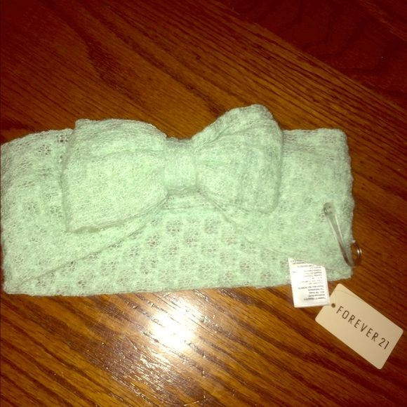 Knit headband Knit mint colored headband - NWOT Forever 21 Accessories Hair Accessories