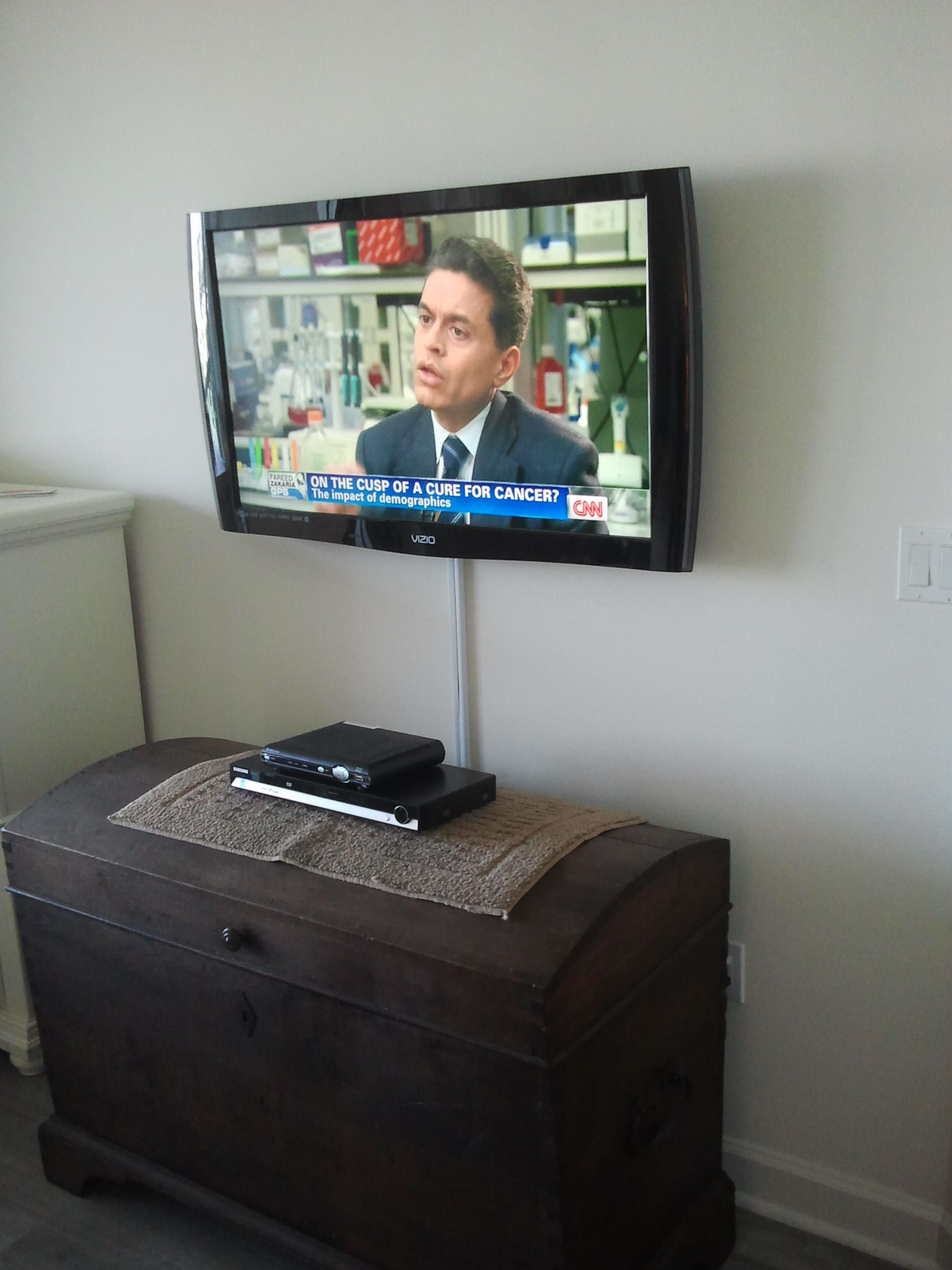 TV mounting with the wires concealed in wire molding | Home ...