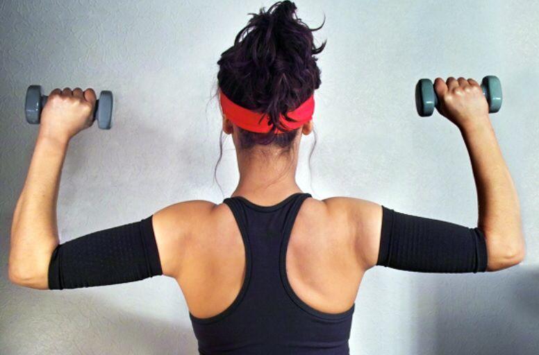 trois conseils pour affiner ses bras efficacement fitness pinterest bras. Black Bedroom Furniture Sets. Home Design Ideas
