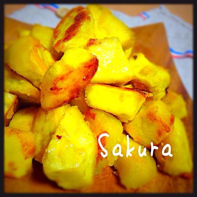 サツマイモ大好き次男に作ったおやつです! ━(艸ε≦●)━ - 113件のもぐもぐ - サツマイモの塩カラメル by sakuchin