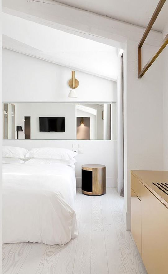 Boutique Hotel Bedrooms: These Days, Staying In Luxury Hotels Is An Experience That