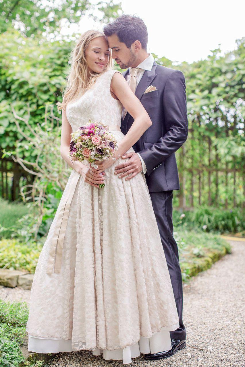 Designer Brautkleider Rike Winterberg Brautkleider Abendkleider Hannover Kleid Hochzeit Brautkleid Brautkleid Hippie