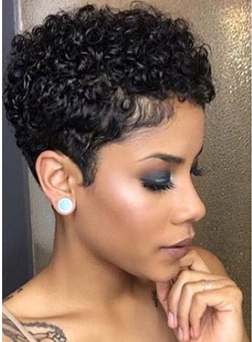 Tight Curls With Tight Sides Short Hair Styles Natural Hair Styles Curly Hair Styles Naturally