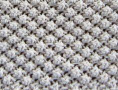 Knitting the Trinity (Raspberry) Stitch