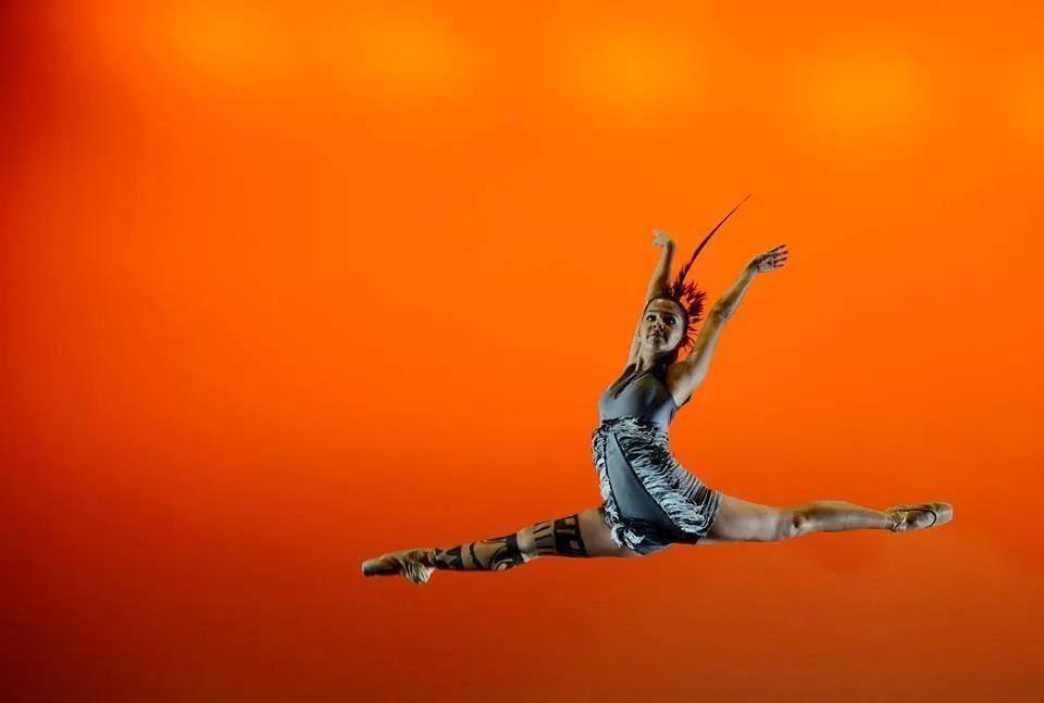 """Ballet """"la historia de los colores"""" de Maria Amalia Pendones"""