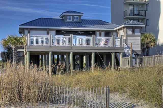 Beach Cabana In N Myrtle For Barefoot Resort Residents
