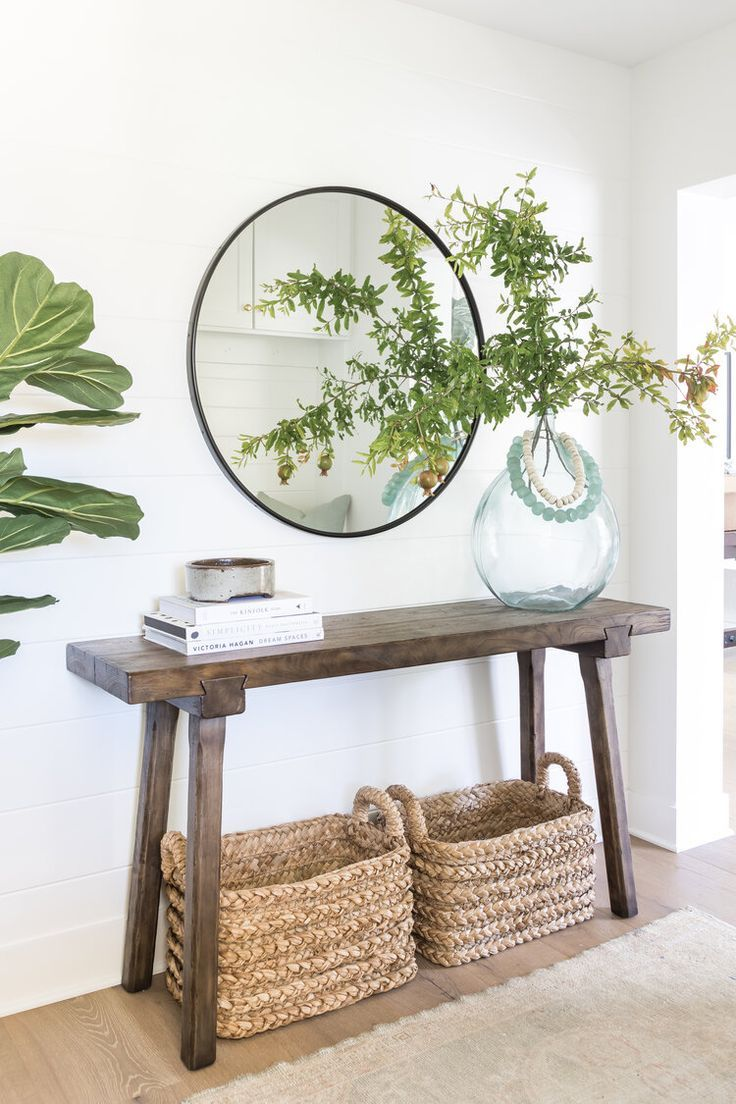 Pure Salt Interiors | Costa Mesa Project | Entry Way | #homedesign #interiordesign #entryway #entrywaydecor #entrywayideas #greenery #decor #styling #styleinspiration #homedesign #coastalliving #coastalinspo